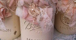 Mason Jar Decor, Mason Jar Centerpieces, Mason Jar Wedding, Flower Mason Jars, Mason Jar Flowers, Jar Decorations, Shabby Chic Mason Jars